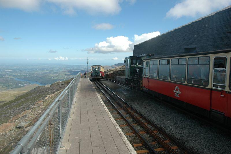 Snowdon Train2