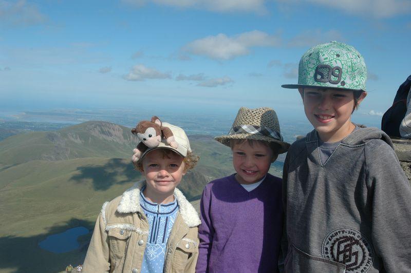 Cousins on Snowdon
